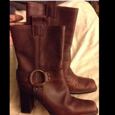"""MICHAEL KORS LEATHER BOOTS Sz 8 In great condition.  There are some scuffs but the more beat up they get they better they look.  These boots are really nice they are western style with a 3 1/2 inch heel.  Size 8 fits true to size.   There is a buckle in a belt around the vamp of the boot.  Super stylish you can wear this with anything almost.  Fits a little below the calf up to 13.5"""".  NOO TRADES Michael Kors Shoes Heeled Boots"""