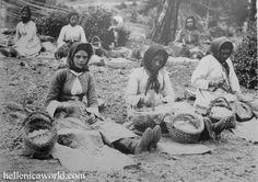 old photos | Women at Amiantos (Troodos Region), around 1900