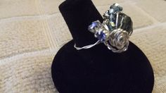A view of the rose side of the Blue rose ring size 8