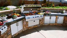 Design Your Dream #OutdoorKitchen to Celebrate Memorial Day
