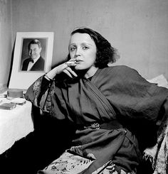 Ah, that beautiful voice.... Edith Piaf.