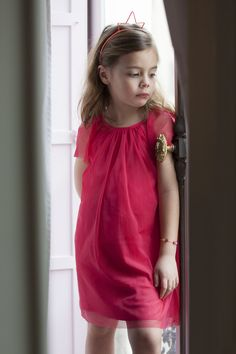 #Dressy Fushia LUNA #dress with QUEEN headband. #kidsfashion #cdec_paris