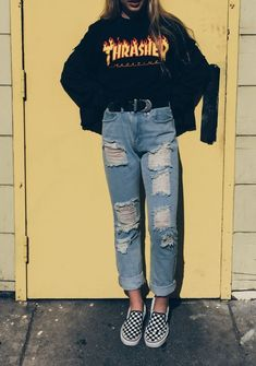 unusual grunge outfits ideas for women to try this season 5 ~ Modern House Design Skater Girl Outfits, Tomboy Outfits, Teen Fashion Outfits, Cute Casual Outfits, Retro Outfits, Grunge Outfits, Comfortable Outfits, Fall Outfits, Vintage Outfits