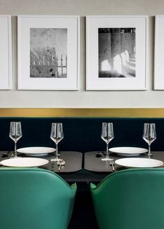 Le restaurant I Love Paris pour Le chef Guy Martin par India Mahdavi Plus Bar Interior Design, Restaurant Interior Design, Top Interior Designers, Cafe Design, Interior Design Inspiration, Interior Decorating, Restaurant Interiors, Design Ideas, Furniture Inspiration