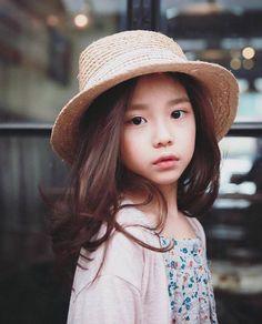Hwang Sieun (ฮวังซีอึน)