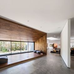 """173 tykkäystä, 3 kommenttia - OPUMO (@opumo) Instagramissa: """"Dan Brunn renovates a Frank Gehry-designed Los Angeles home to create 'The Hide Out'. Take the tour…"""""""