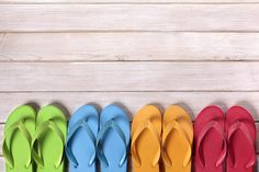 What? There are rules? Yes, there are, and it's probably best if you learn them now. Check out the DOs and DON'Ts of flip flops before it gets embarrassing.