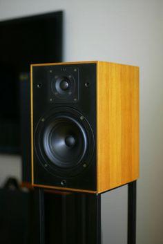 Kef 102 Speakers 하드웨어