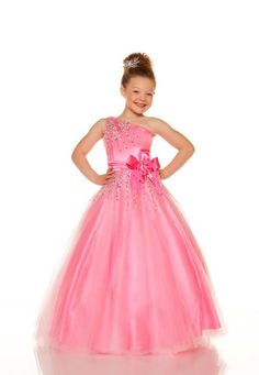 Flower girl dress Style: HOT PINK This may be the one I want made for lulu Pink Flower Girl Dresses, Little Girl Dresses, Pink Flowers, Flower Girls, Pink Wedding Rings, Hippie Dresses, Everything Pink, Pink Ring, Formal Dresses