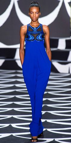 See the entire collection from the Diane von Furstenberg Fall 2014 Ready-to-Wear runway show. Blue Fashion, High Fashion, Fashion Show, Fashion Design, Women's Fashion, Runway Fashion, Diane Von Furstenberg, London Fashion Weeks, Diana