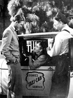"""""""It's a Wonderful Life"""" George, Bert, & Ernie . George's two fictional friends were the inspiration for Jim Henson's Muppet buddies BERT & ERNIE ! Classic Hollywood, Old Hollywood, Classic Christmas Movies, Christmas Classics, Holiday Movie, Vintage Christmas, Wonderful Life Movie, Bedford Falls, Donna Reed"""