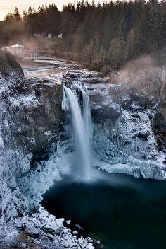Snoqualmie Falls Deep Freeze, Washington