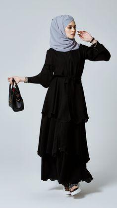 Beauty and abaya, ferace by Feradje