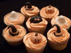 Spooky Halloween Cupcakes Halloween Cupcakes, Spooky Halloween, Desserts, Food, Scary Halloween, Tailgate Desserts, Meal, Deserts, Essen