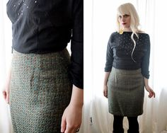 The perfect vintage 1990s moss green wool blend tweed fitted short pencil skirt…