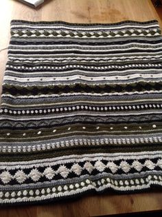 Crochet along 2014, tot en met week 34, gemaakt met haaknaald nr 4,5, garen royal van Zeeman