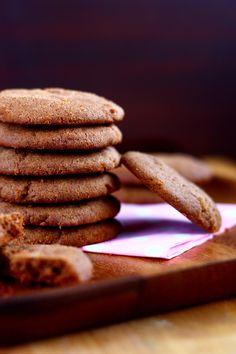 Suklaapossu: Mureat suklaakeksit ilman kaakaojauhetta No Bake Cookies, Baking Cookies, Desserts, Food, Tailgate Desserts, Deserts, Essen, Postres, Meals