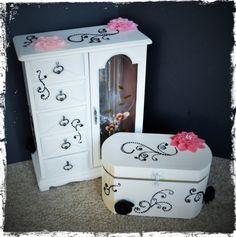 www.ivankaslittletreasures.com http://ivankas.wix.com/blackandwhitedesign #ivankaslittletreasures #jewelry #box #black #white #DIY #acrylic #paint #pink #flowers #new  #look #blackandwhitedesign