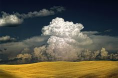 Atomic Cloud - Photography by  Francesco Martini