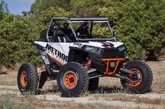 @methodracewheels & @4wheelpartsofficial showin off their fully Cognito equipped RZR. Be sure to check out their pages for your chance to win this car.