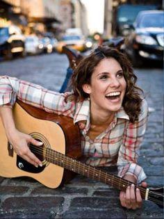 Daniela Ruah - NCIS Los Angeles...and she's Portuguese like me!