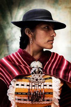 "Mario Testino's ""Alta Moda"" - Portraits of Peruvian Ladies"