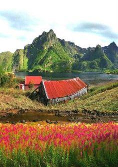 Svolvaer, Norway (88 pieces)