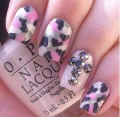 Camo nails for bridesmaids