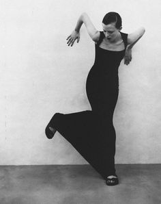 Karen Elson in 'A Swimmers Body' by Patrick Demarchelier for Harper's Bazaar US June 1997. : Minimal + Classic | Nordhaven Studio