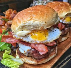Breakfast Sliders with Egg, and Bacon