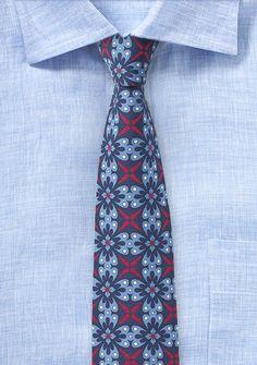 Taubenblaue Krawatte mit Talavera-Design