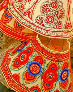 Handicrafts ~ Colorfull handpainted lampshades from India...love these shades