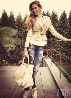 Andrea Verešová Blazer, Jackets, Outfits, Women, Art, Fashion, Down Jackets, Art Background, Moda