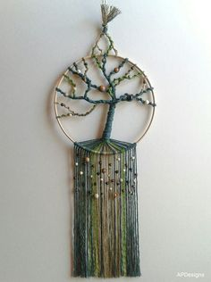 """Onset of Spring"" my first proper tree of life piece. Knotted in light brown… – winter is coming Diy And Crafts, Arts And Crafts, Crochet Dreamcatcher, Suncatcher, Hanging Crystals, Macrame Patterns, Boho Diy, Camping Crafts, Micro Macrame"