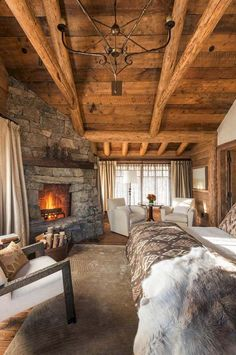 Farmhouse rustic master bedroom ideas (15)