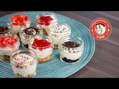 ¡CHEESECAKES SIN HORNO! - Cómo hacer Mini Cheesecakes para llevar - El Guzii - YouTube Mini Cheesecakes, Chesee Cake, Mini Desserts, Dessert Recipes, Mango Mousse, Cheesecake Tarts, Appetizers For Party, Dessert Table, Deli