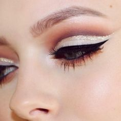 We're Loving This Glitter Crease Makeup Trend Pinterest > @stylexpert ❣Please follow I always follow back
