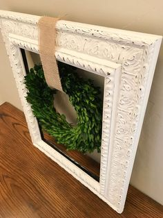 Farmhouse Wreath Rustic Decor Ideas Magnolia Market Farmhouse Style Chic Fireplace Mantel Every Couronne Shabby Chic, Shabby Chic Kranz, Shabby Chic Wreath, Wedding Door Wreaths, Wedding Doors, Wedding Mantle, Country Farmhouse Decor, Rustic Decor, Farmhouse Style