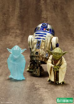 Yoda-and-R2-D2-Statue-Set-001.jpg (1152×1629)