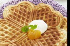 Denne oppskriften på vafler vant konkurransen i Allers. International Waffle Day, Sweet Dumplings, Norwegian Food, Norwegian Recipes, Sweet Corner, Mini Muffins, Creative Food, Food Inspiration, Cake Recipes