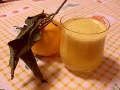 6 arance (non vaniglia)  1cm di radice di zenzero  1/2 cucchiaino di vaniglia in polvere  un pizzico di cannella in polvere