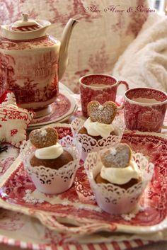 BEAUTIFUL RED TEA CUPS SET