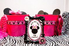 """Photo 29 of 38: Mickey Mouse Clubhouse or Minnie Mouse / Birthday """"{Divalicious Minnie Mouse Party}"""" 