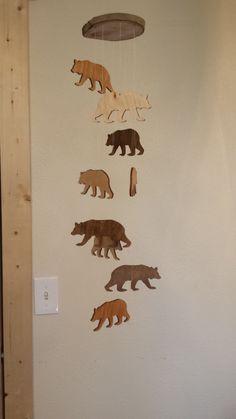 Mobiele rustieke houten Bear van MobileMadness op Etsy