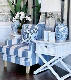 Cozy Living Rooms, Living Room Decor, Blue Rooms, Beach House Decor, White Decor, Room Decor Bedroom, Home Furniture, Interior Design, Decoration