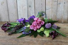 Winter Flower Arrangements, Modern Floral Arrangements, Funeral Flower Arrangements, Funeral Flowers, Floral Centerpieces, Raindrops And Roses, Grave Decorations, Corporate Flowers, Sympathy Flowers