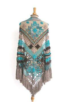 Gipsy Ibiza Ushuaia poncho | omslagsjaal | Sjaals & Poncho's | GIPSY IBIZA GYPSY  collection 2015 indian bohemian urban native tribal navaja aztec