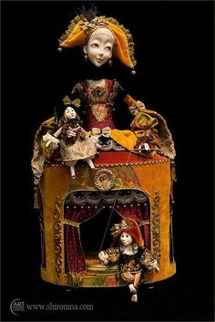 love this idea, doll theater in a doll puppet marionette Marionette Puppet, Puppets, Arte Assemblage, Toy Theatre, Half Dolls, 10 Picture, Paperclay, Soft Sculpture, Small Sculptures