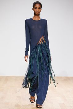 ...oooh fringes!... Esteban Cortazar Spring 2015 Ready-to-Wear - Collection - Gallery - Look 1 - Style.com