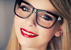 Look gorgeous behind your eye frames with these unique makeup with glasses